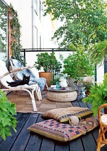 Интересные идеи для балкона и дачи