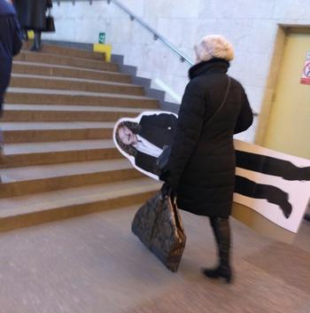 18 пассажиров метро, на которых хочешь не хочешь, а внимание обратишь