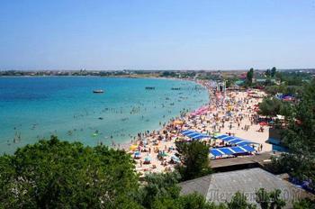 Россиянам объяснили причину высокой стоимости отдыха на черноморских курортах