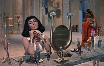 5 популярных профессий в индустрии красоты Древнего Египта, или зачем косметологу сильные руки