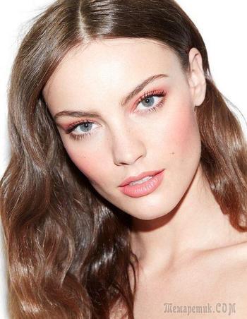 Нежнее нежного: 15 идей персикового макияжа