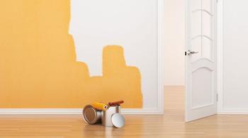 Что делать, если мокнет и потеет стена в квартире?