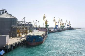 В Казахстане могут открыть порты на Каспии для военных грузов США