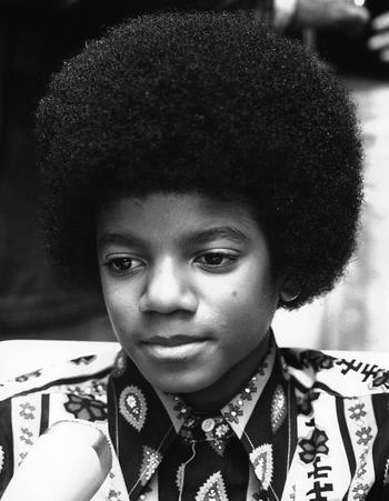 Как бы выглядел Майкл Джексон, если бы никогда не менял свое лицо