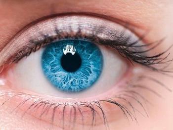 Энергетика и характер обладателей голубых глаз