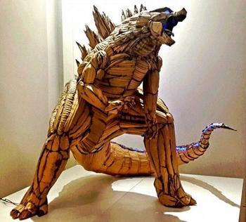 Потрясающие скульптуры из обычного картона