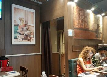 16 историй, как обычный визит в кафе обернулся небольшим приключением