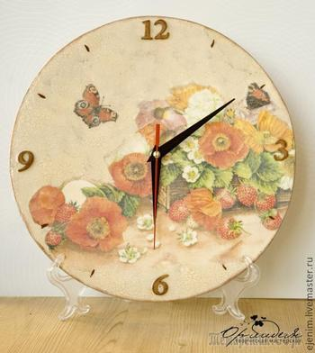 Декупаж. Часы с одношаговым кракелюром