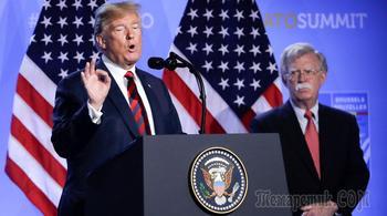 «Грязные копы»: Трамп опроверг слова Болтона о Путине