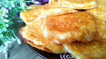 Беру 4 яйца и 300 грамм творога! Готовлю третий день на завтрак!