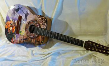 """Besame Mucho"" - гитара, задекорированная на тему песни"
