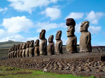 Как называются статуи на острове Пасхи?