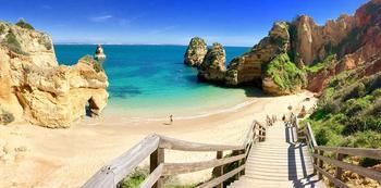 Пляжи Португалии: самые приятные места, где очень хочется отдохнуть
