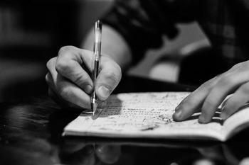 Самые поэтические знаки Зодиака: пятерка талантливых и эмоциональных творцов