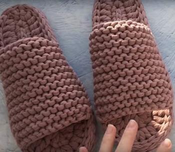 Вяжем тапочки с двойной подошвой из трикотажной пряжи