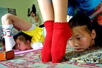 Монгольские акробатки