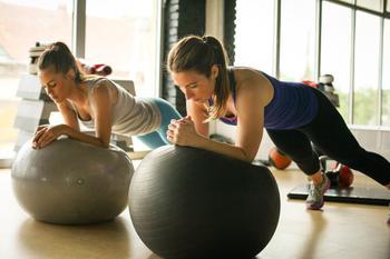 Табата-тренировка: что это такое и как их правильно выполнять