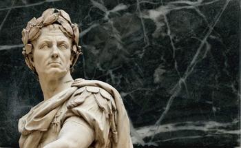 5 известных правителей, которые вошли в историю из-за своих странностей