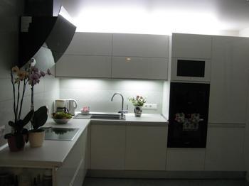 Кухня, где нам хорошо: просто, удобно и элегантно
