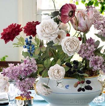Фарфоровые цветы украинского скульптора Владимира Каневского