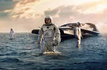 10 мифов о космосе, в которые мы наивно верим благодаря кино