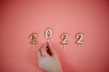 Женский гороскоп на 2022 год: успехи и разочарования в разных сферах жизни
