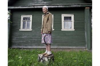 """""""Две сестры"""" - уникальные фотографии из российской глубинки"""