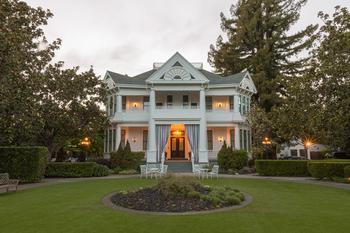 Отель в старом особняке в Калифорнии