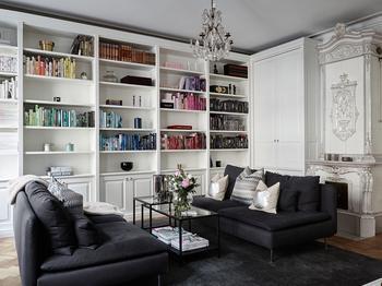Элегантная черно-белая квартира (94 кв. м)