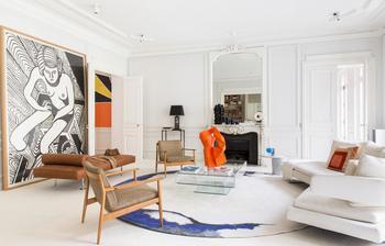 Модернистичный интерьер парижской квартиры
