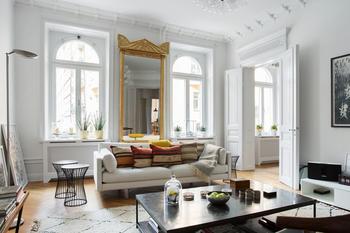Светлые апартаменты в Стокгольме