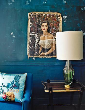Колоритный интерьер дома в мехико с винтажной мебелью