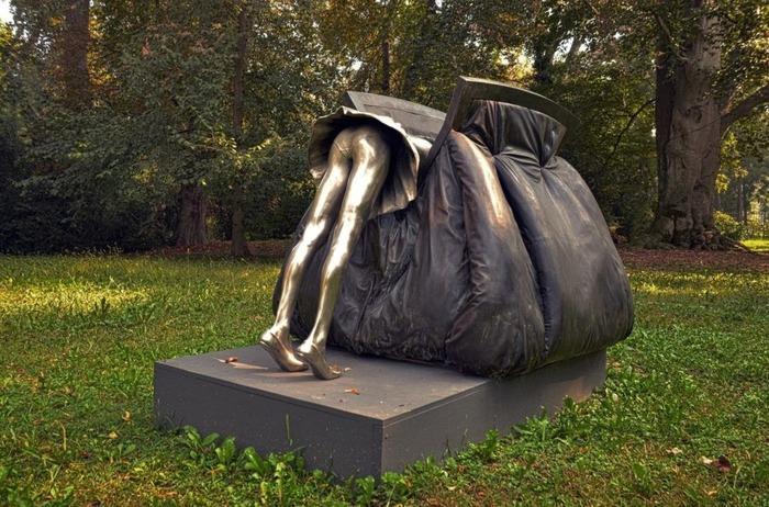 16 нетривиальных скульптур, которые впечатлят и смыслом, и внешним видом