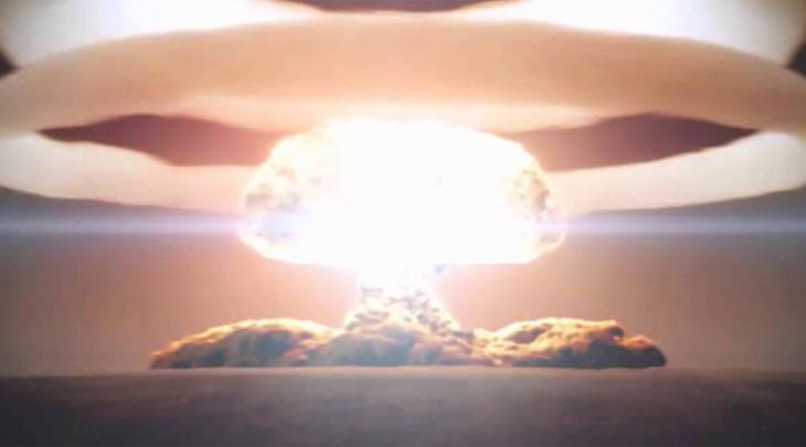 Испытание № 219 Еще одно испытание с порядковым номером № 219 прошло там же, на Новой Земле. Бомба имела выход в 24,2 мегатонны. Взрыв такой силы выжег бы все в пределах 8 квадратных километров.