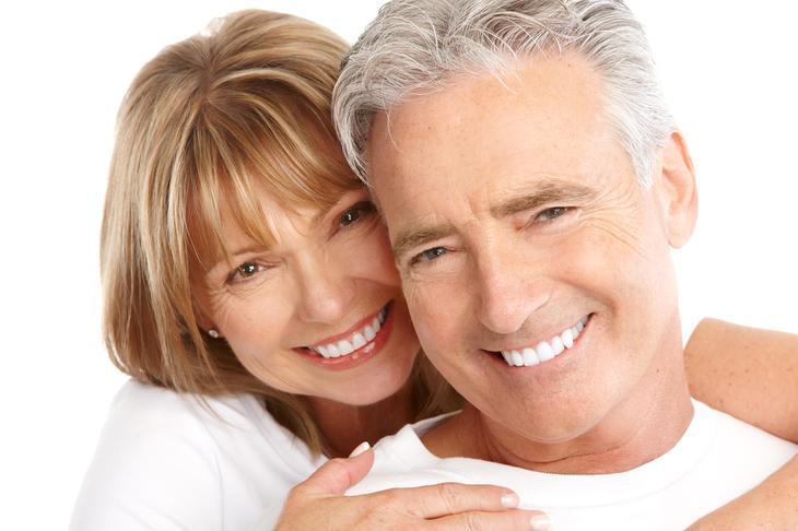 7 способов отбелить зубы в домашних условиях