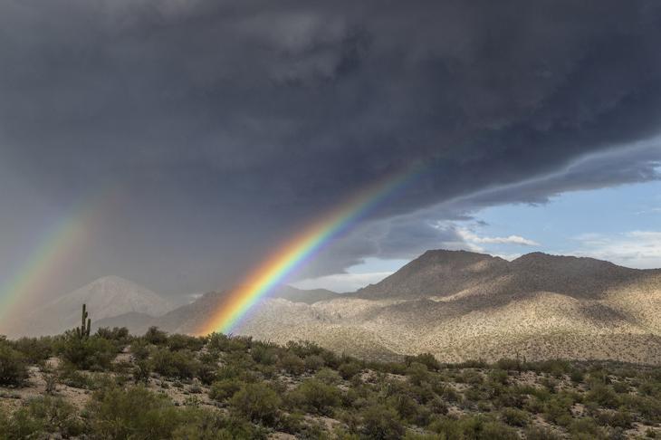 Двойная радуга в Аризоне