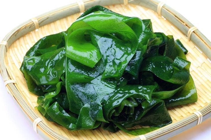 6. Морские водоросли для волос