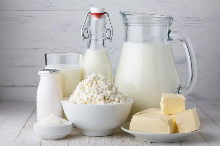 Отказ от молока и молочных продуктов уменьшит сильные боли