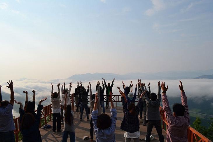 Терраса Ункай – смотровая площадка над облаками, Япония. Фото