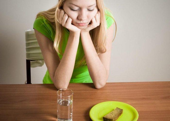 Что такое психогенная анорексия и как ее лечить?