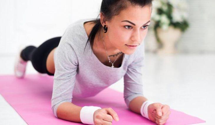 Как похудеть в области живота: 10 эффективных упражнений