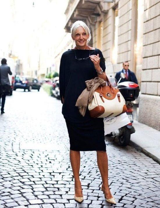 Стильные летние платья для женщин 50 лет