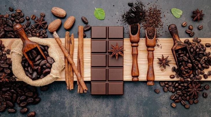 """Почему стоит полюбить чёрный шоколад: 7 полезных свойств """"горькой"""" вкусняшки"""