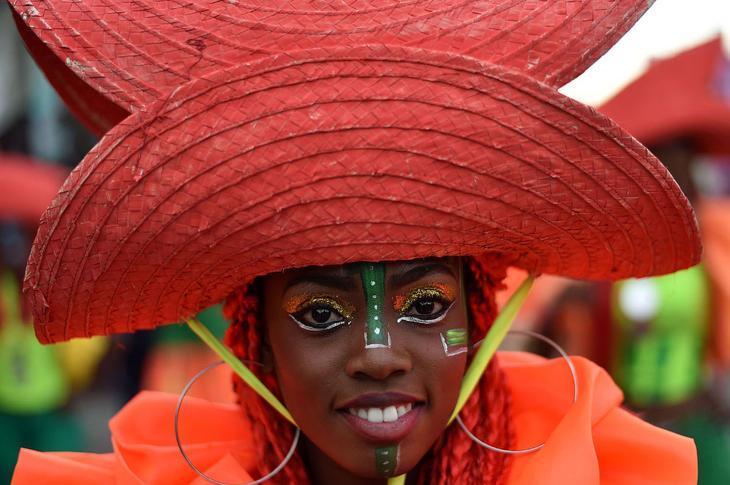 Карнавальное шествие в Порт-о-Пренсе, Гаити loverme