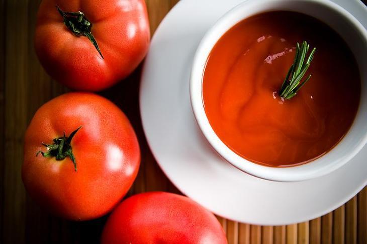 Когда класть помидоры в суп или жаркое