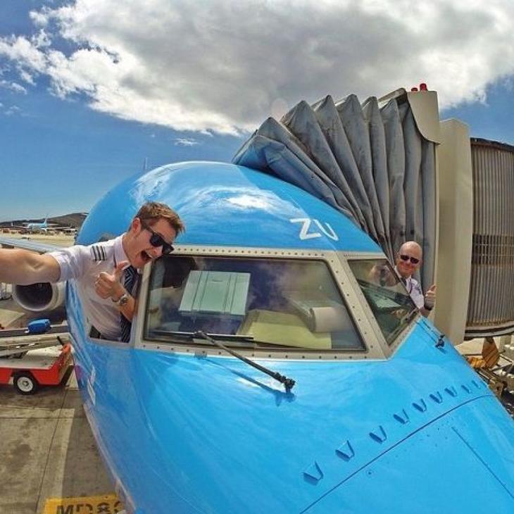 1410436872 1960683 Təyyarə pilotlarından selfie2 Люси в небе с алмазами: селфи пилотов самолетов