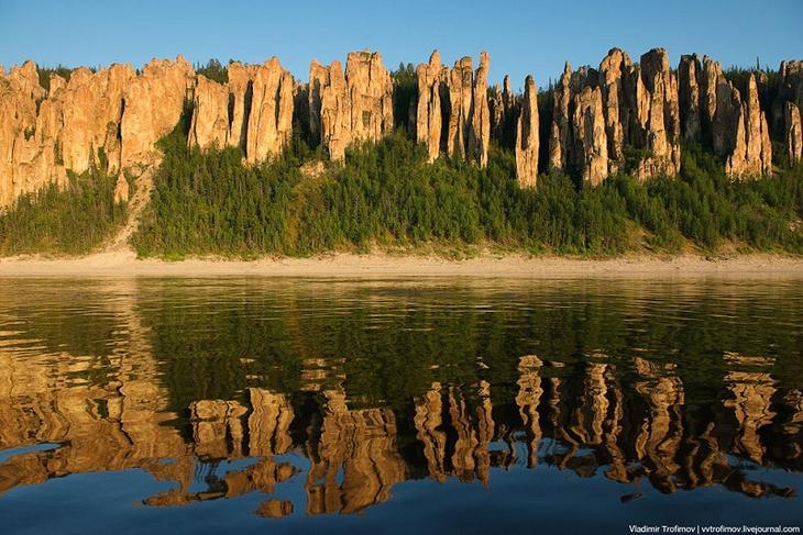 Ленские столбы на закате. Якутия. Россия. Красивое фото