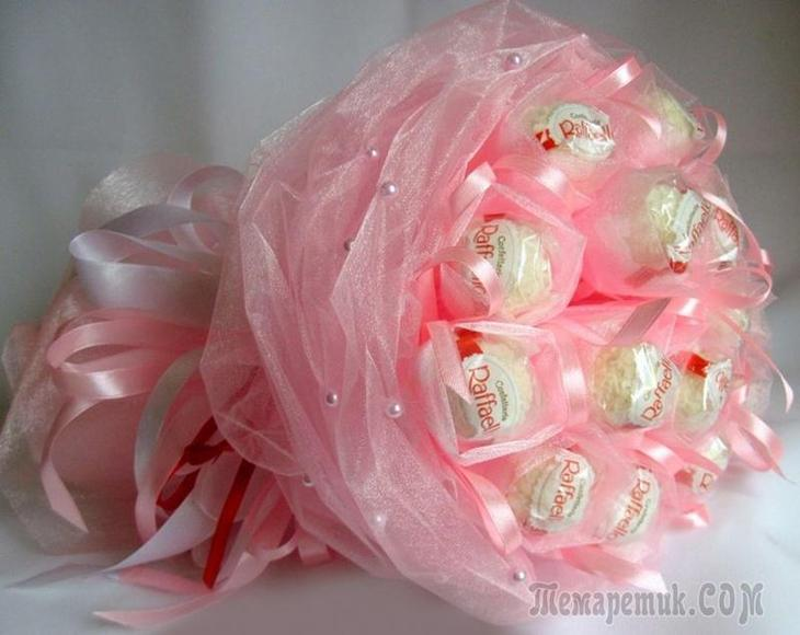 fullsize Цветы из гофрированной бумаги своими руками и конфет