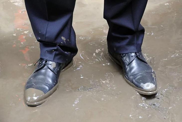 Сонник грязная Обувь приснилась, к чему снится грязная Обувь во сне видеть?