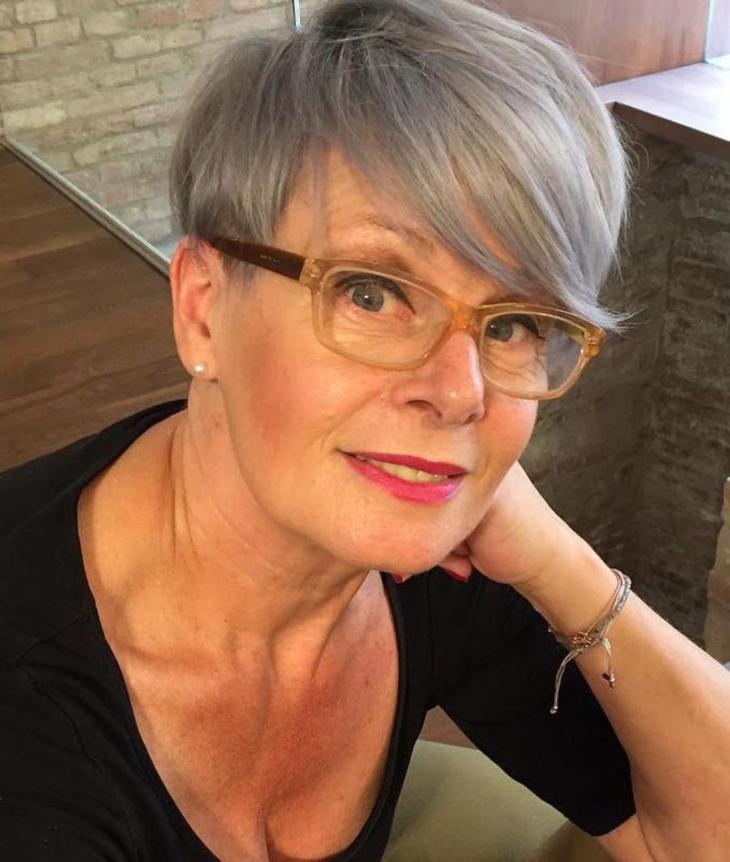 причёски для женщин после 50 лет фото 17